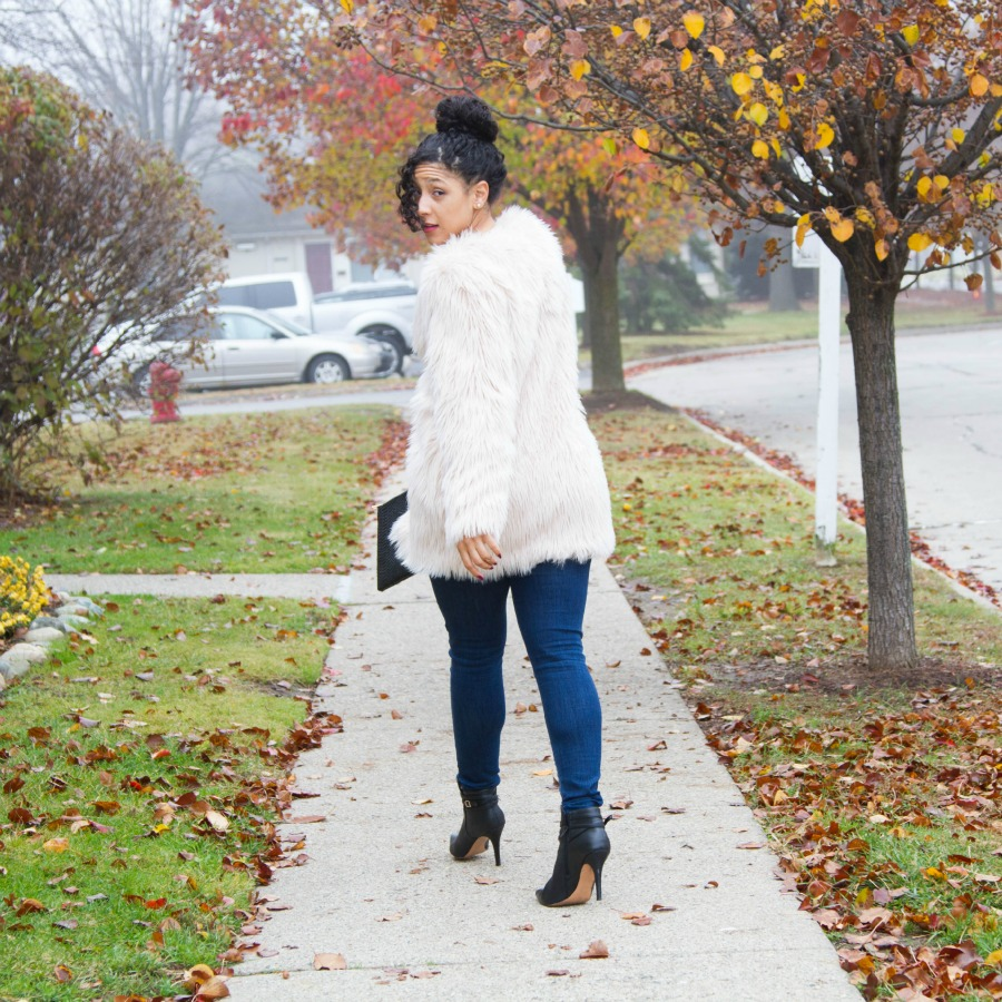 H&M Casual Holiday Outfit Walk Away