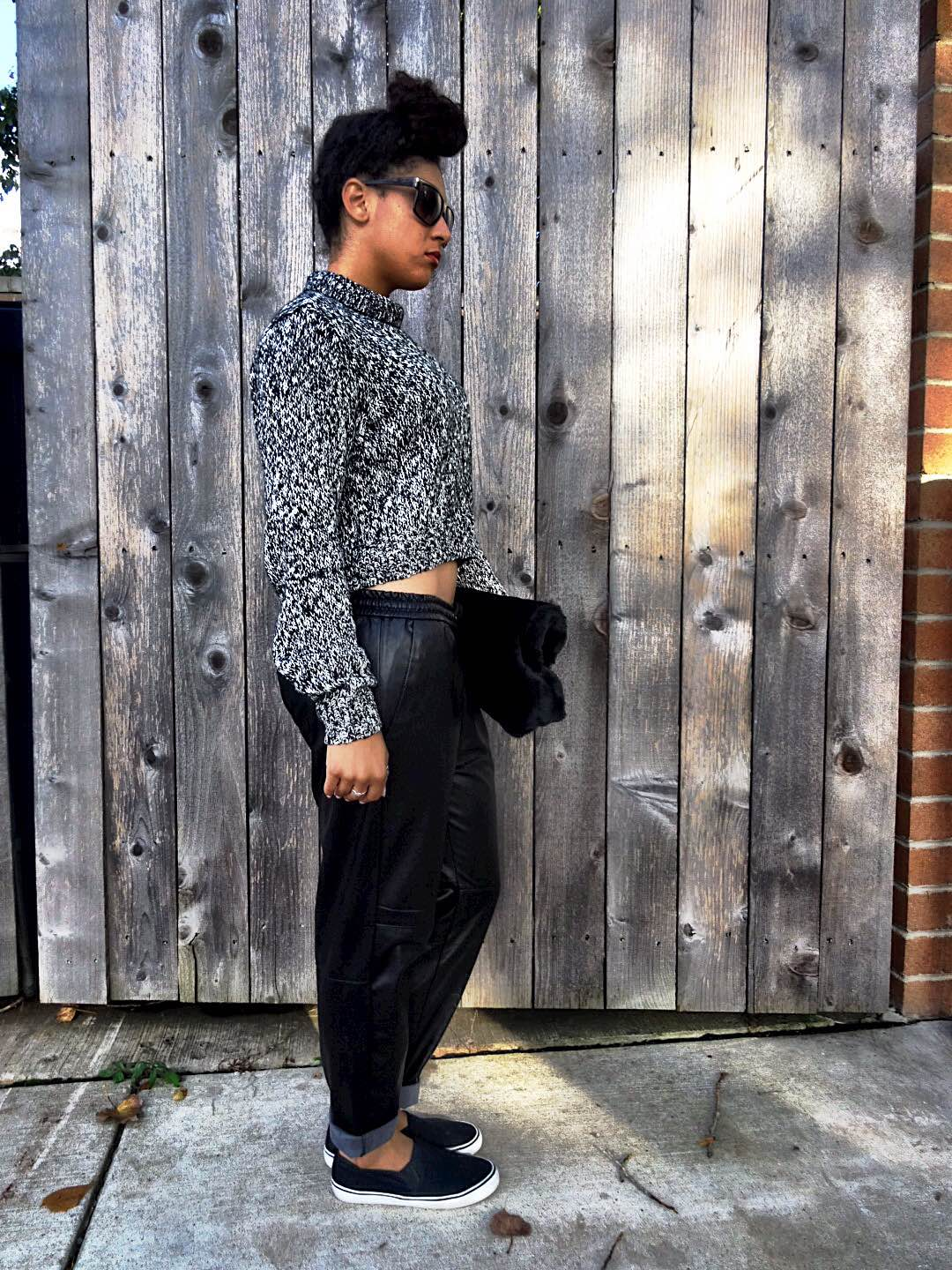 H&M Cropped Sweater Outfit