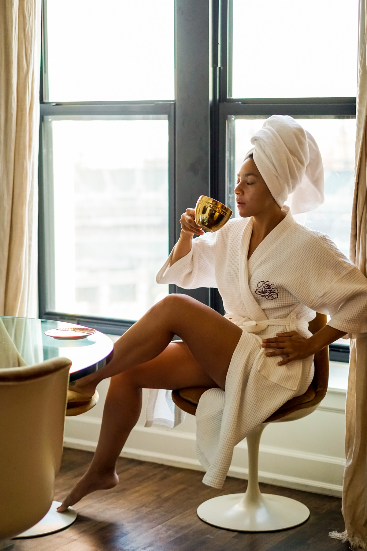 The Siren Hotel Detroit Michigan Review, black travel blogger, where to staycation in Detroit, luxury hotels in Detroit, black girls in luxury, boutique hotel in Detroit