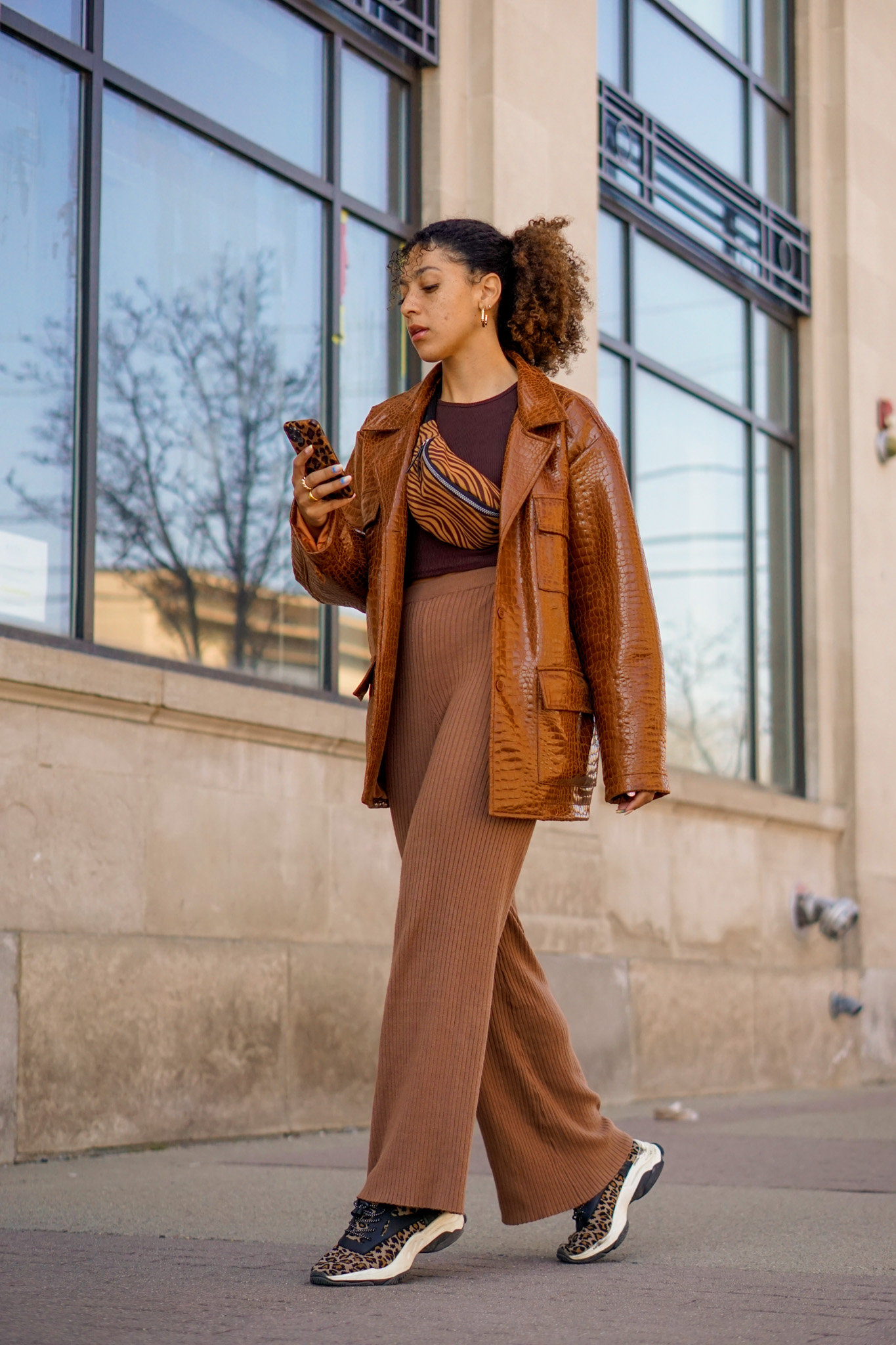 brown jacket outfit ideas, black fashion blogger, brown jacket outfit street style, spring fashion black girl, spring fashion, brown jacket outfits black girl