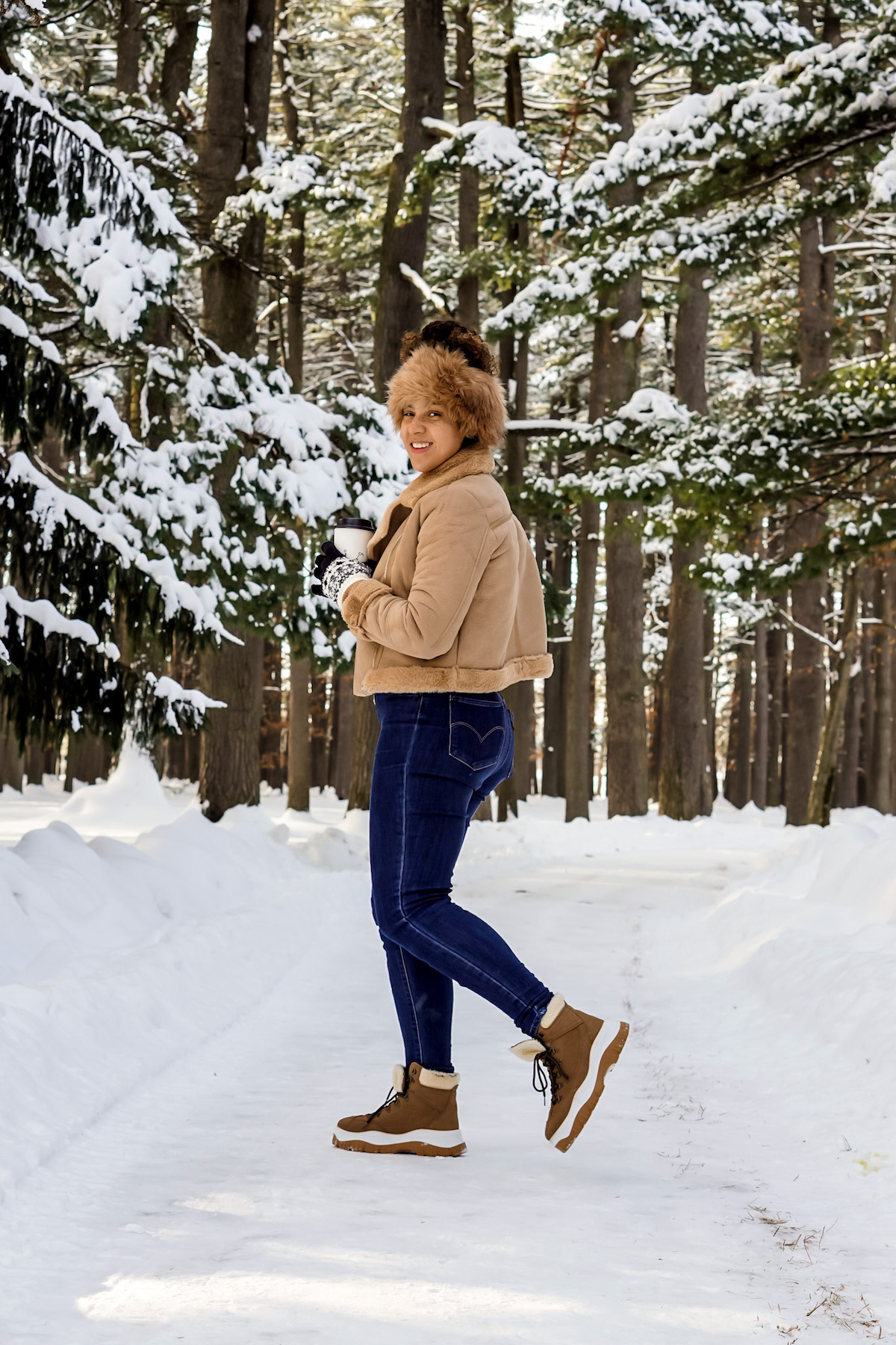 winter outfits casual cold fashion, black fashion blogger style outfits, winter outfits casual jeans boots, winter outfits women 20s style inspiration, fashion blogger outfit winter chic