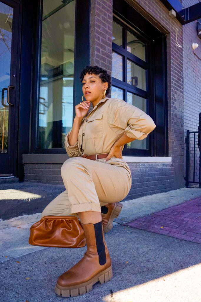 chunky chelsea boots outfit idea, how to style chunky chelsea boots, black fashion blogger outfit, fall outfits, chunky chelsea boots outfit black girl