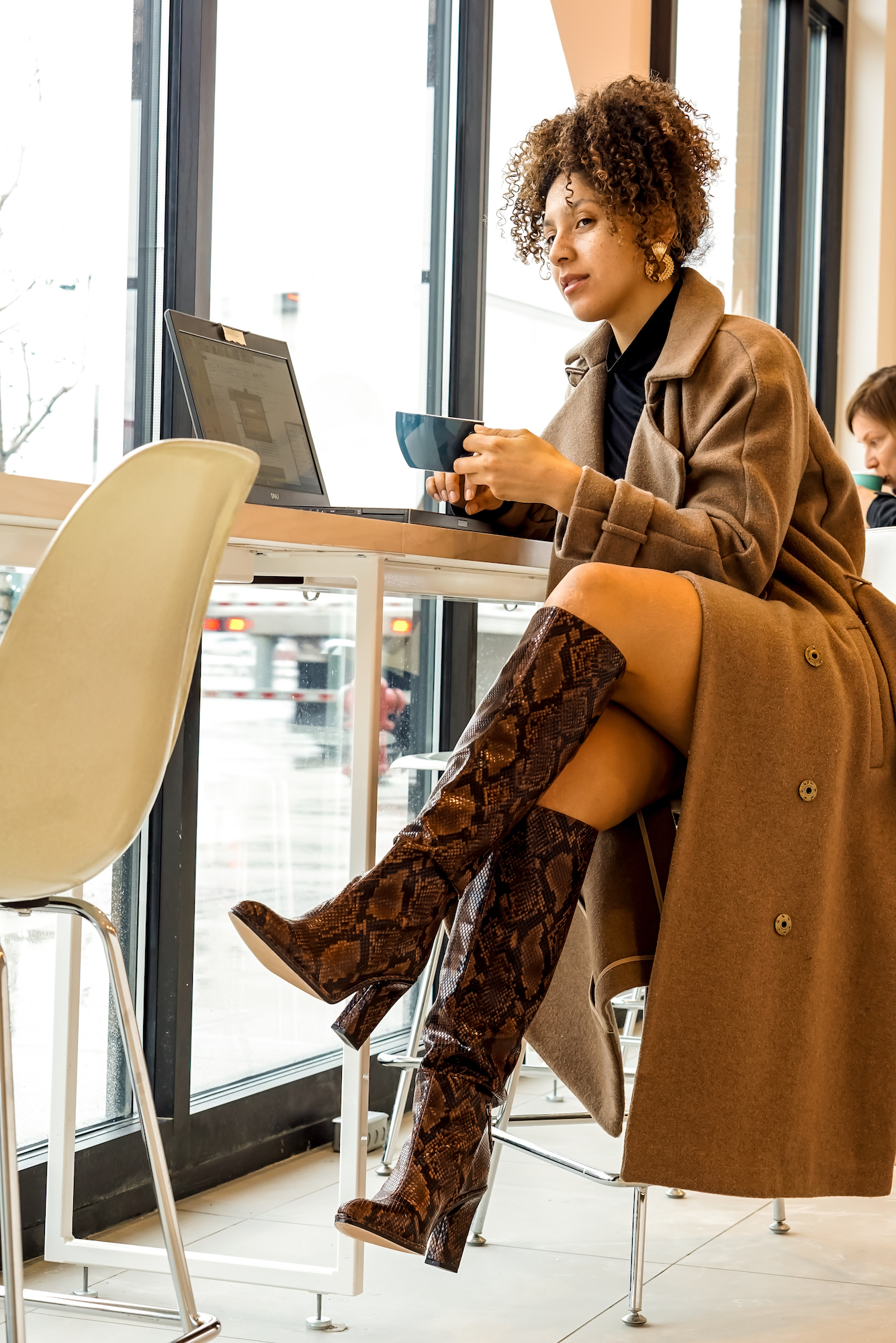 coffee shops in Royal Oak Michigan, fashion blogger style outfits, latest fashion trends for women chic, black fashion bloggers, fashion blogger tips articles, outfits women 20s style inspiration color combos