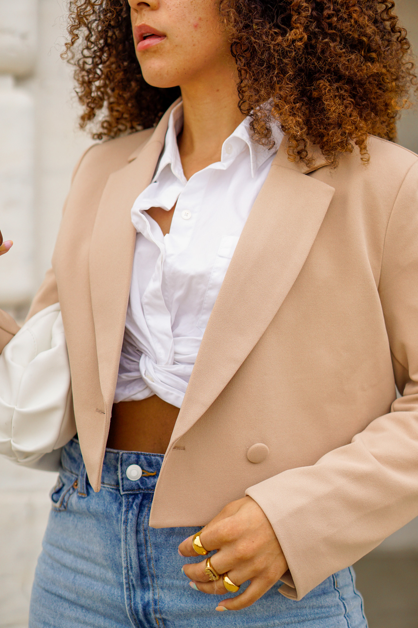 cropped blazer outfit ideas, black fashion blogger, cropped blazer outfit street style, spring fashion black girl, spring fashion, cropped blazer outfits black girl