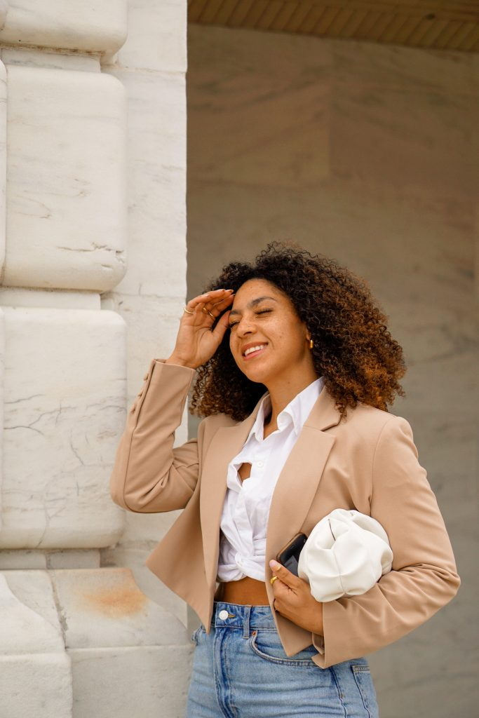 cropped blazer outfit ideas, black fashion blogger, cropped blazer outfit street style, spring fashion black girl, spring fashion, cropped blazer outfits black girl
