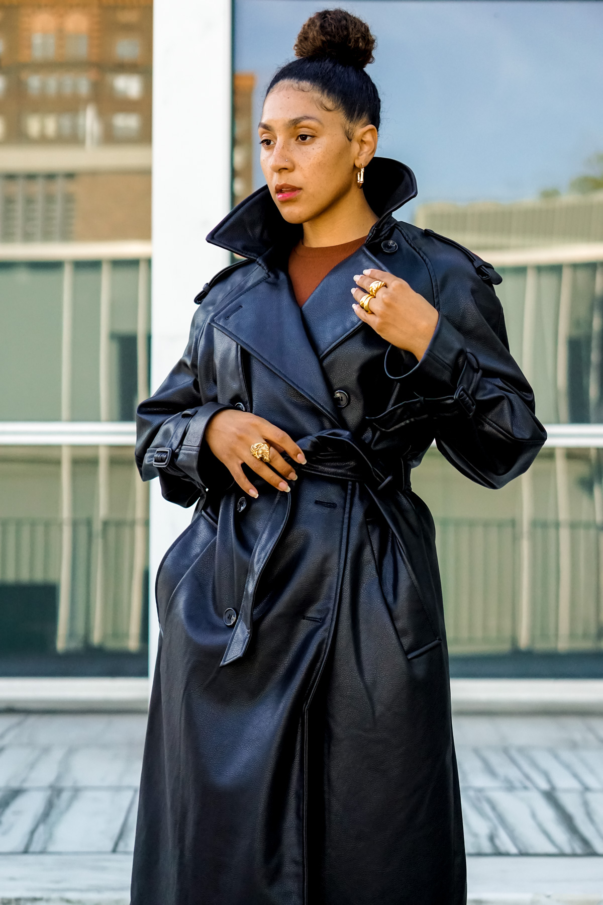 leather trench coat outfit, fall outfit ideas for women, black fashion bloggers inspiration, affordable trench coats women