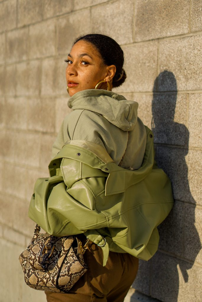 green monochrome outfit idea, black fashion blogger, green outfit street style, spring fashion black girl, spring fashion, how to wear green head to toe