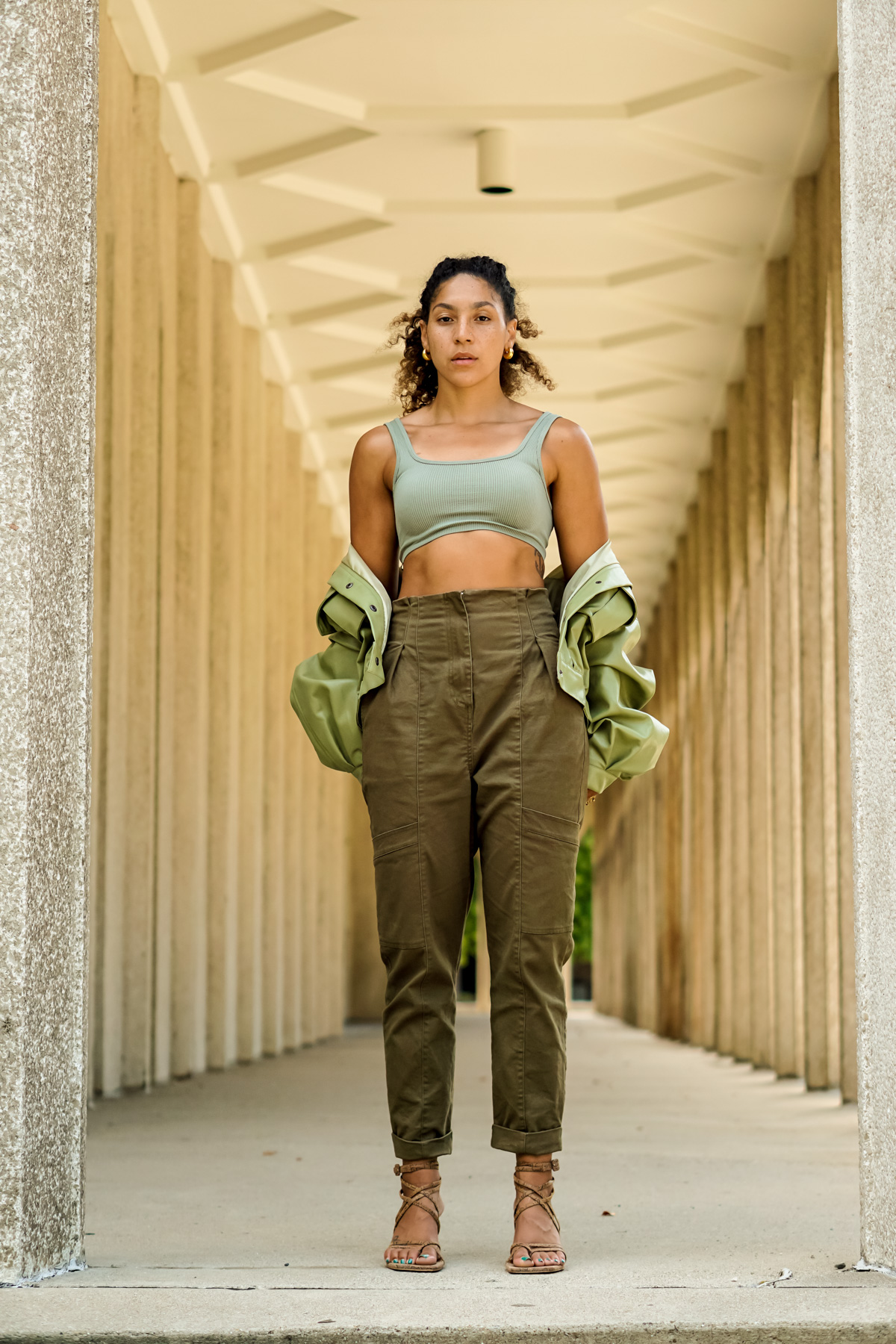 green pants outfit, chic fall outfit ideas for women, latest fashion trends for women, black fashion bloggers inspiration, affordable green pants outfit ideas black girl