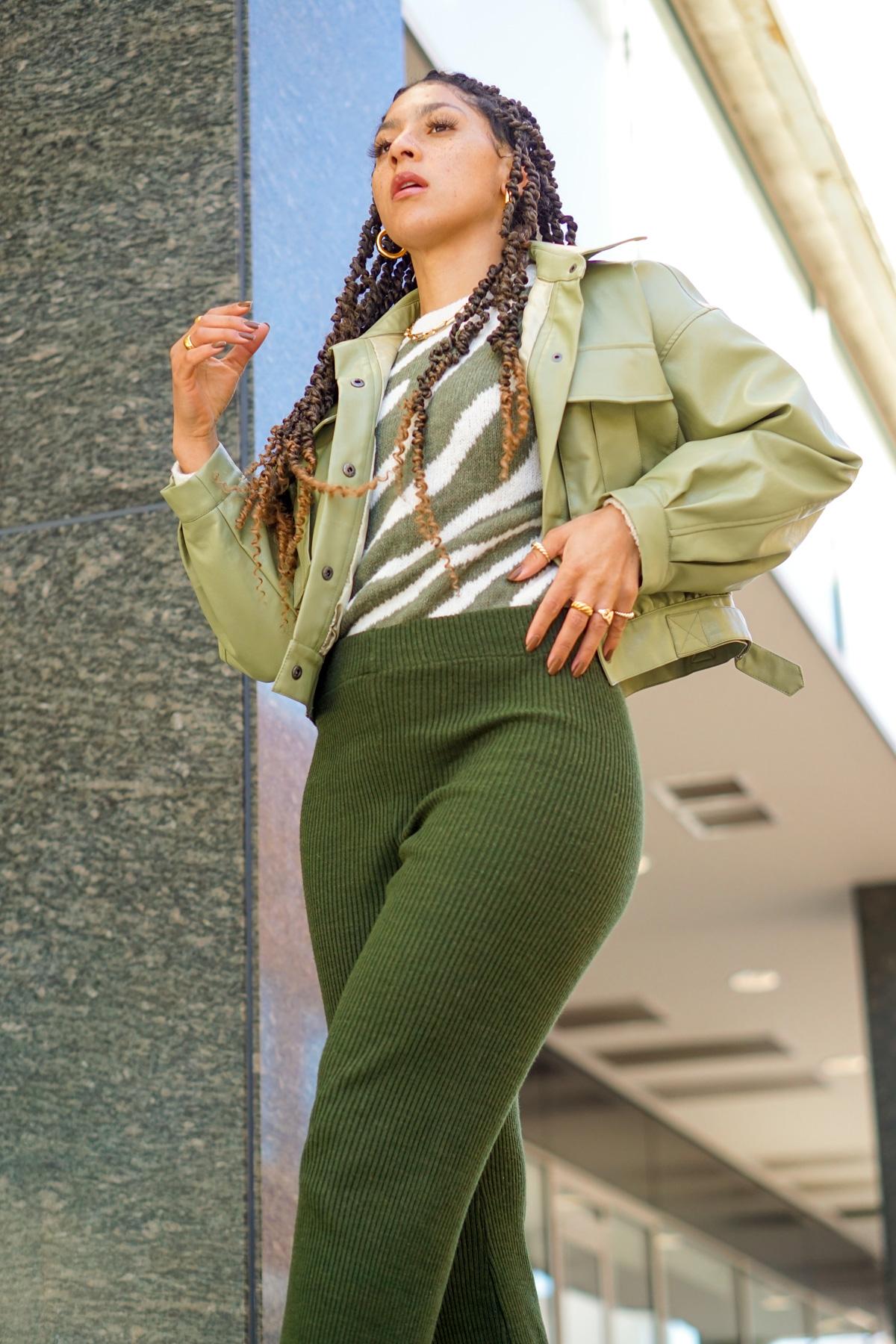 knit flare pants outfit idea, black fashion blogger, flare pants outfit street style, spring fashion black girl, spring fashion, how to wear knit flare pants