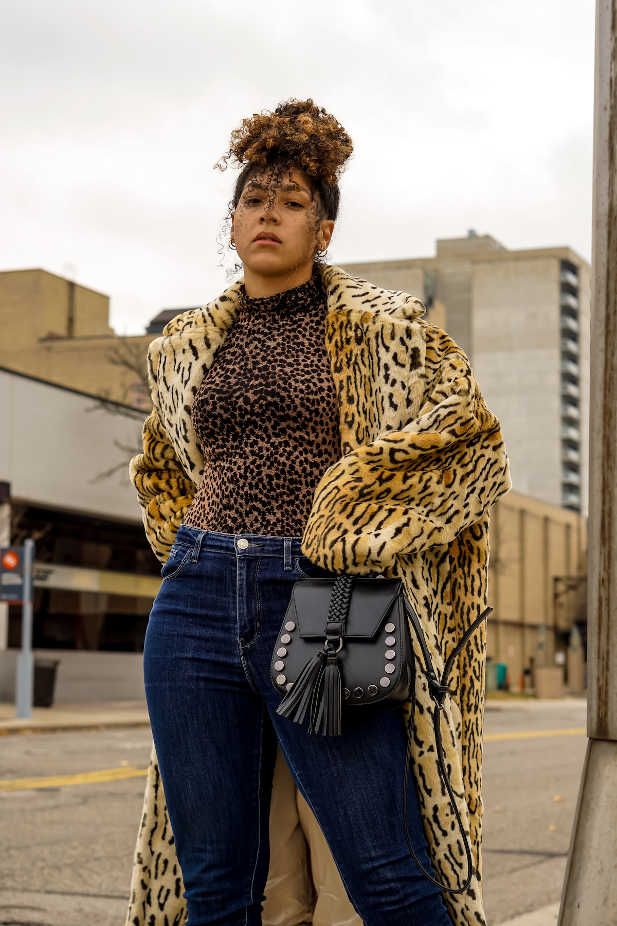 fashion blogger style outfits, winter outfits women 20s style inspiration color combos, latest fashion trends for women what to wear leopard print, winter outfits women casual fashion ideas street styles